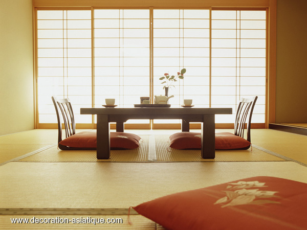 interieur maison japonaise moderne du japon et des fleurs. Black Bedroom Furniture Sets. Home Design Ideas